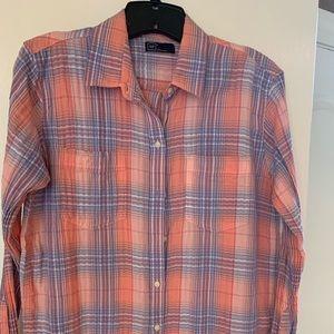 Gap soft, light weight summer shirt.